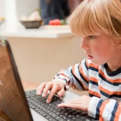 These Unknown Dangers of the Internet May Affect Your Kids